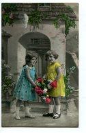 DOS NIÑAS CON FLORES TWO GIRLS WITH FLOWERS CHILDREN ENFANTS CIRCA 1900S POSTAL CARD -LILHU - Taferelen En Landschappen