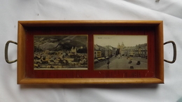 Très Ancien  PLATEAU  Avec Deux Cartes Postales De MALMEDY Sous Verre - Panorama Générale - Place Albert 1er. - Verre & Cristal