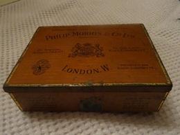 PHILIP MORRIS & Co LTD - BOITE METAL DE 100 CIGARETTES - CAMBRIDGE - Around Cigarettes