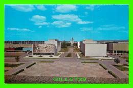 QUÉBEC - VUE DE L'UNIVERSITÉ LAVAL - NATIONAL SCHOOL STUDIO, HORACE GOUDREAU & CLAUDE BIARDEL - - Québec - La Cité