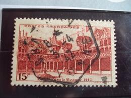 """1900-1945-timbre Oblitéré N°539     """"   Hotel Dieu Beaune Rouge 15 F    """"     Cote     4.6    Net   1.5 - France"""