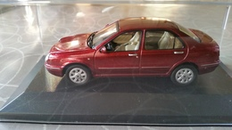 SOLIDO 1555 Scale 1/43 LANCIA LYBRA 1999 RED MET - Solido
