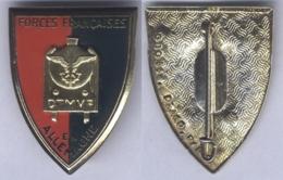Insigne De La Direction Des Transports Militaires Par Voie Ferrée Des Forces Française En Allemagne - Armée De Terre