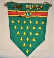 Rare Fanion Lion's Club Rueil-Malmaison - Organizations