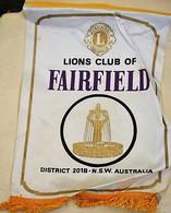 Rare Fanion Lion's Club Fairfield Australie - Organisations