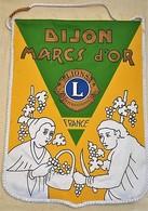 Rare Fanion Lion's Club Dijon Marcs D'or - Organizations