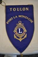 Rare Fanion Lion's Club Toulon Port La Montagne - Organizations