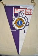 Rare Fanion Lion's Club Orléans Doyen - Organizations
