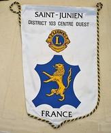 Rare Fanion Lion's Club Saint-Junien - Organisations