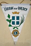 Rare Fanion Lion's Club Figeac En Quercy - Organisations