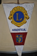 Rare Fanion Lion's Club  Argenteuil - Organisations