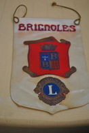 Rare Fanion Lion's Club Brignoles - Organizations