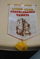 Rare Fanion Lion's Club Castelfranco Veneto - Organisations