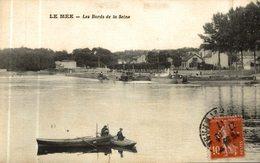LA MEE LES BORDS DE LA SEINE - Other Municipalities