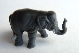 FIGURINE PUBLICITAIRE PRIME SCHWIND TARZAN 1997 TENTOR L'ELEPHANT - Figurines