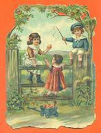 """CHROMO DECOUPIS Gaufré  """" Enfants Jouant """" - Children"""
