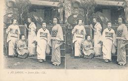 AU JAPON - N° 1 - JEUNES FILLES (CARTE STEREOSCOPIQUE) - Cartes Stéréoscopiques