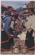 CPM - KATMANDOU VALLEY - Typical Women Preparing For Worship - Nepal