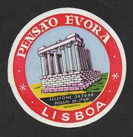 Portugal Etiquette Valise Hotel Pensão Évora Lisbon Lisboa Temple Romain Roman Temple Luggage Label - Etiquettes D'hotels