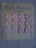 Vintage - Petit Lot De 12 Boutons En Plastique Rose Années 50 - Boutons