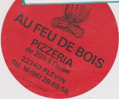 Vieux  Papier :  Autocollant : PLEVIN : Cotes D ' Armor : Pizzeria  Au  Feu De  Bois - Cartes De Visite