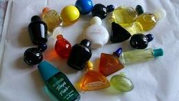 Miniature De Parfum Homme Et Femme  Lot De  18 Sans Boites - Miniatures Modernes (à Partir De 1961)