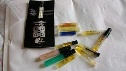 Miniature Tube Lot De Différents Parfum - Echantillons (tubes Sur Carte)