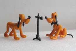"""Kinder 1990 : Pluto Assis Avec Micro (manque Les Yeux) """"Mickey & Compagnie"""" - Cartoons"""