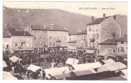 LE CHEYLARD : Jour De Marché Très Animé Et En Parfait état - Le Cheylard