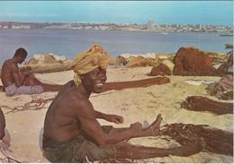 POSTCARD AFRICA - ANGOLA - LUANDA - PESCADOR DA ILHA DE LUANDA - Angola