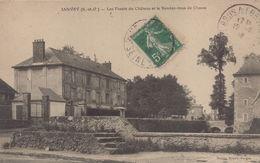 Janvry : Les Fossés Du Château  Et Le Rendez Vous De Chasse - France