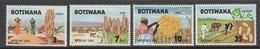 SERIE NEUVE DU BOSTWANA - RECOLTERS VITALES N° Y&T 223 A 226 - Agriculture