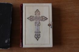 Missel 1847   Belel Couverture à La Croix Argentée  Espanola Barcelona - Historical Documents