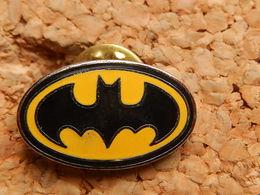 Pin's - BATMAN - Comics
