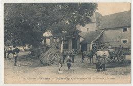 AL 864 / CPA  - ECQUEVILLY    (78)    COUR INTERIEURE DE LA FERME DE LA MUETTE - France