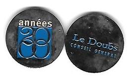 Jeton De Caddie  Argenté  Ville, Département  Le  Doubs  CONSEIL  GENERAL  Verso  Années  2000  Recto  Verso - Jetons De Caddies