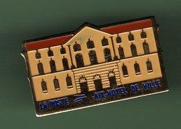 LA POSTE *** AIX HOTEL DE VILLE *** POSTE-03 - Mail Services