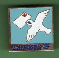 LA POSTE *** COLOMBE *** POSTE-04 - Mail Services