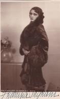 ANDREINA PAGNANI, ITALY ACTRESS AUTOGRAPHE. CIRCA 1930 SIZE 9x14cm- BLEUP - Autographs