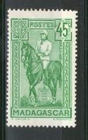 N°215*_ - Madagascar (1889-1960)