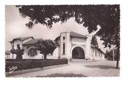 16 Angouleme St Saint Cybard Ecole Mario Roustan Cachet Angouleme 1951 CPSM PF - Angouleme