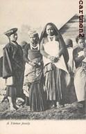 A TIBETAN FAMILY TIBET THIBET CHINE CHINA ETHNOLOGIE ETHNIC ASIA - Tibet