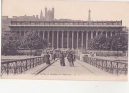 CPA - 815. LYON Palais De Justice Et Basilique De Fourvière - Lyon