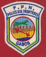 Ecusson / Gabon - Police De L'air Et Des Frontières FPN - Ecussons Tissu