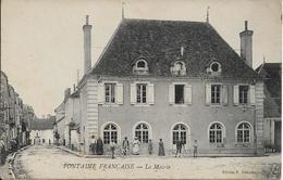FONTAINE FRANCAISE La Mairie - Francia