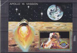 Espace - Apollo 15 - Astronautes - Lune - Fusée - Umm Al Qiwain - BF * - Space