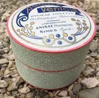 Boite ( Pleine ) En Carton Poudre Venicia - Laboratoire Aninat Pharmacien , Nimes ( Gard ) - Boîtes