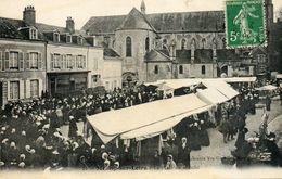 - MEUNG Sur Loire - La Place Du Marché (très Animée)  -9058- - Autres Communes