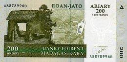 Madagascar 1000 Francs = 200 Ariary 2004 P-87 - Macedonia
