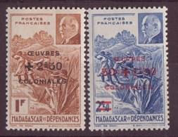 Madagascar  N 284 à 285** - Neufs